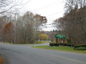 Americad Properties   Brush Hill Entrance